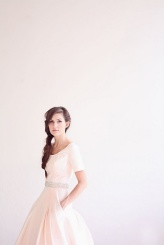 Blush wedding dress - meohmymama.blogspot.com