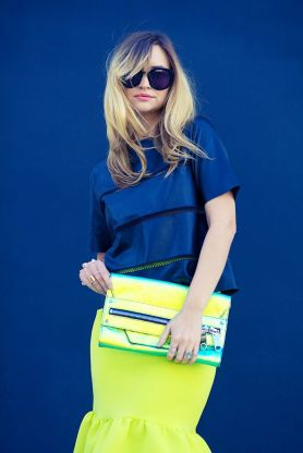 Cobalt and Neon / http://www.lateafternoonblog.com/