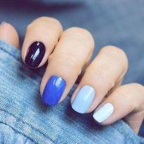 Ombre Blue Nails / http://www.nsmbl.nl/de-mooiste-nail-art-om-zelf-eens-uit-te-proberen/