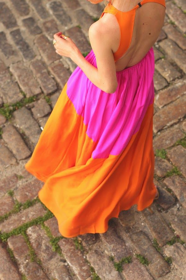 Pink and Orange Maxi Dress / Atlantic Pacific / http://atlantic-pacific.blogspot.com/